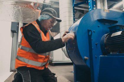 Engineer conducting LEV test